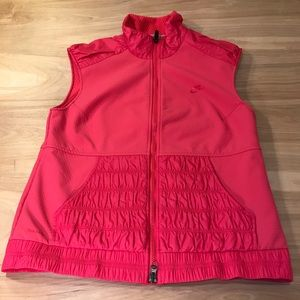 Women's Nike Fit Pink Vest Size Medium  (8-10)